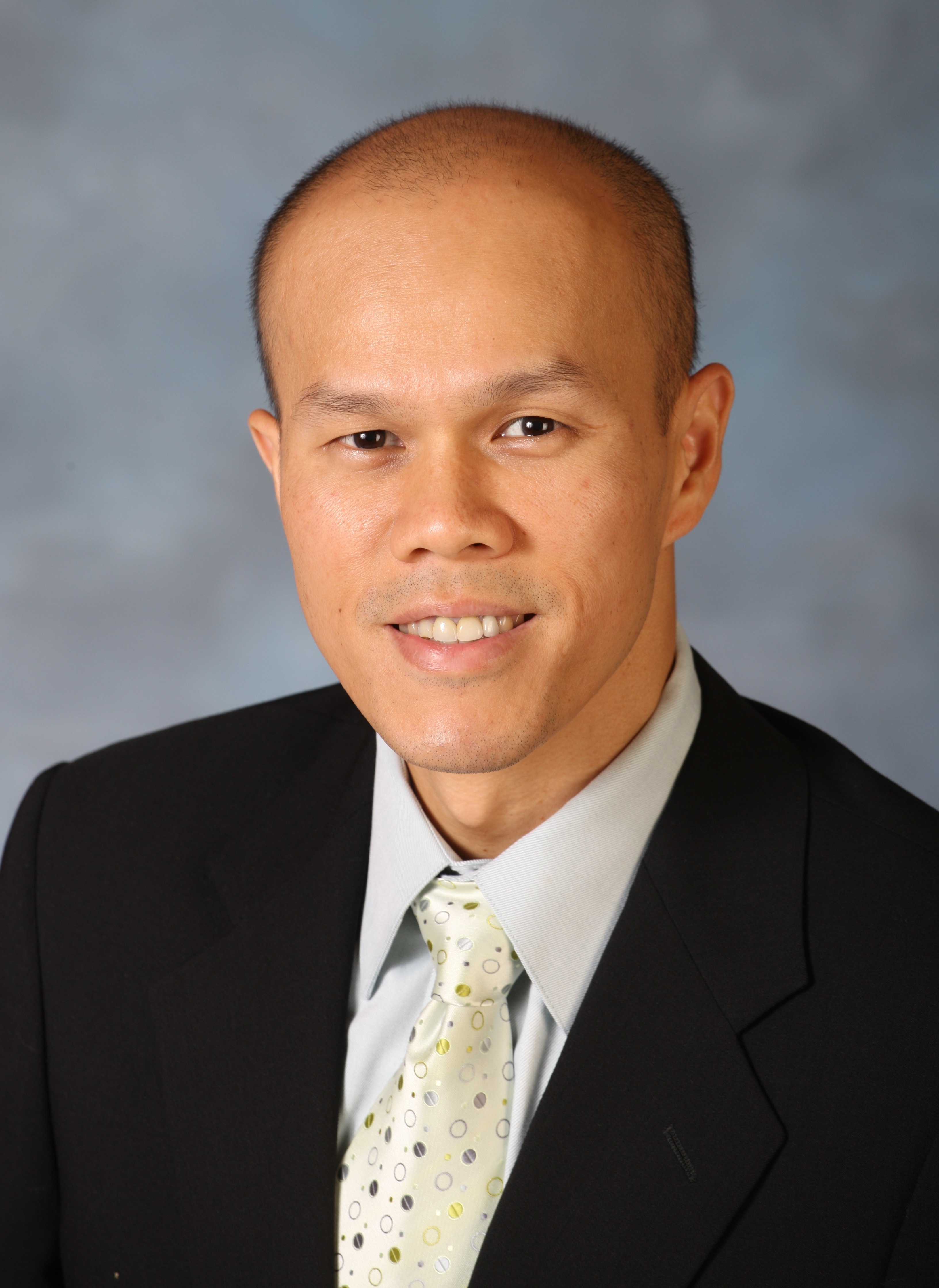Photograph of Dr. Paul Lee