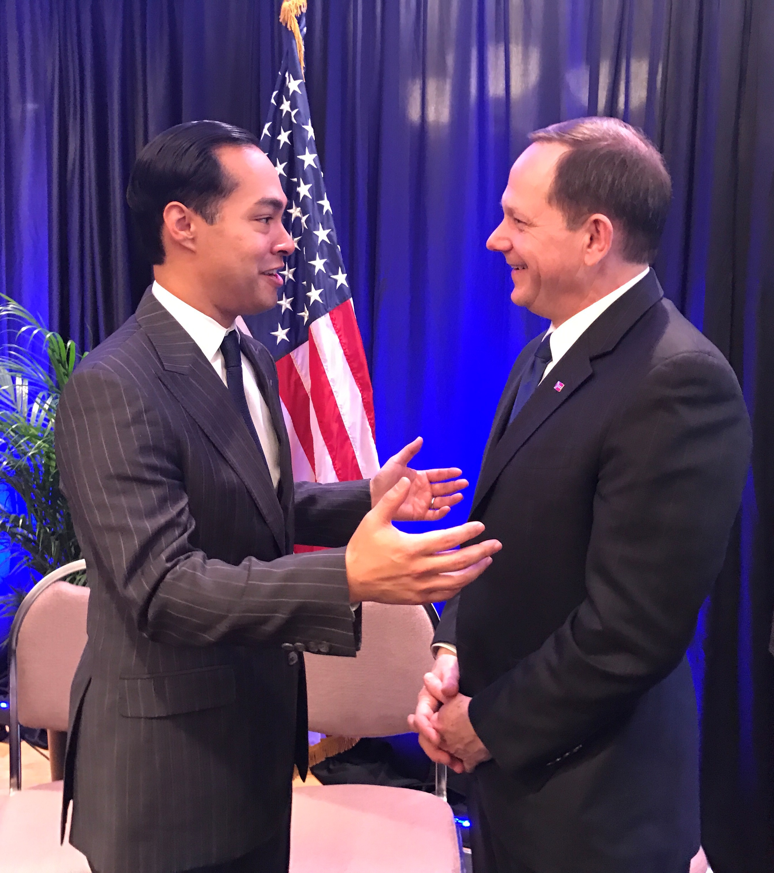 HUD Secretary Julian Castro and Mayor Francis Slay