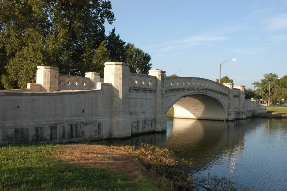Fairground Park Lake bridge