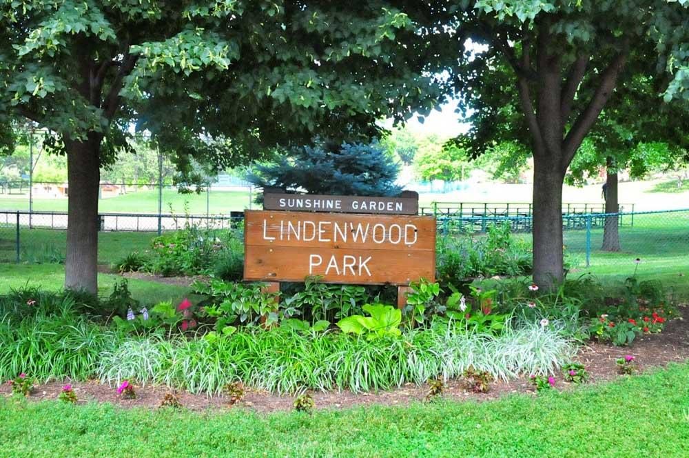 Lindenwood Park sign