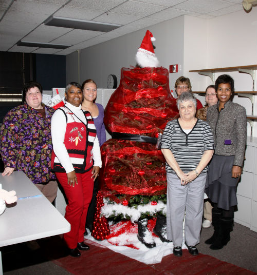 2012 collector of revenue christmas tree decorating contest