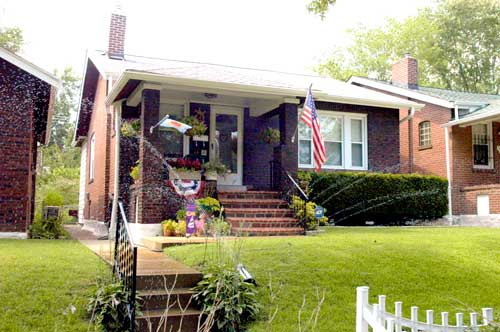 Example of homes in Carondelet Neighborhood
