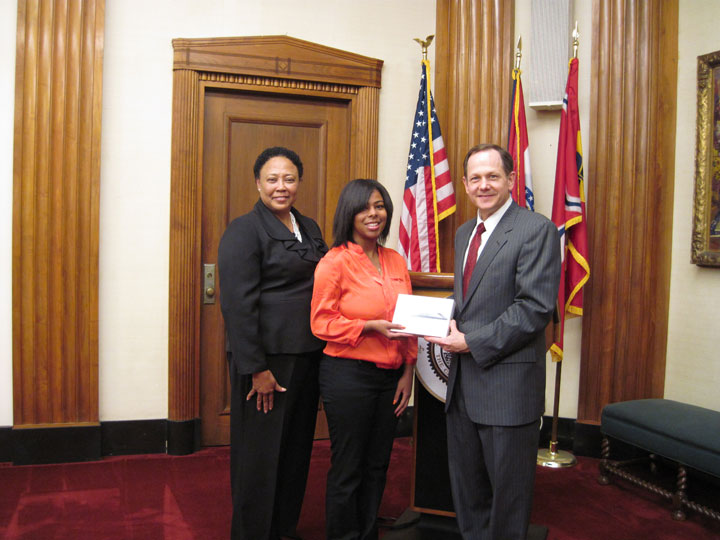 Carolyn Seward, Alysha Bates and Mayor Slay