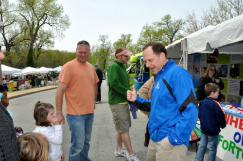 Mayor Slay stops by the Health Dept. booth at Earth Day 2013