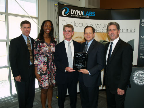 Mayor Slay presents Spirit Award to DYNALABS